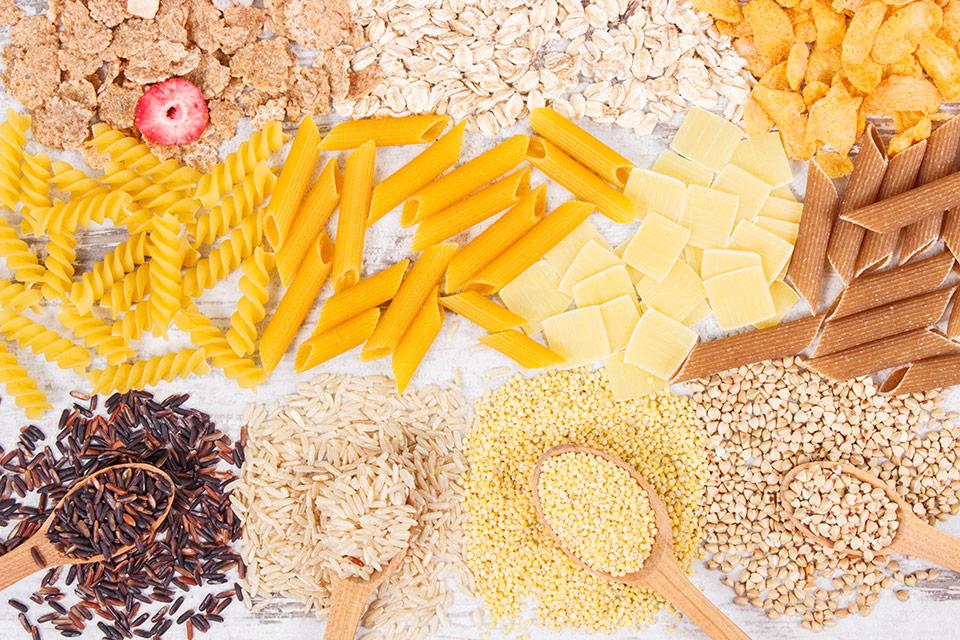 Una guida per mangiare carboidrati sani. Semplici o complessi? Qual è la differenza?